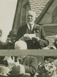 Opening of Rest House [MS 466/41 Box 8/39 1914]
