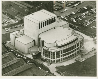 MS 2307/D/1/1 'Aerial View of Birmingham Repertory Theatre' Photo by W. Gullachsen.  Copyright – The Estate of W. Gullachsen
