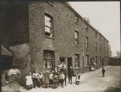 Hospital Street, Court 17, children living in poverty in Birmingham